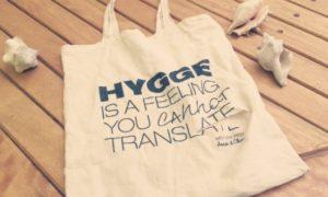 マダガスカル(2)洗礼とはいえ、人のバッグを切るのは感心しない