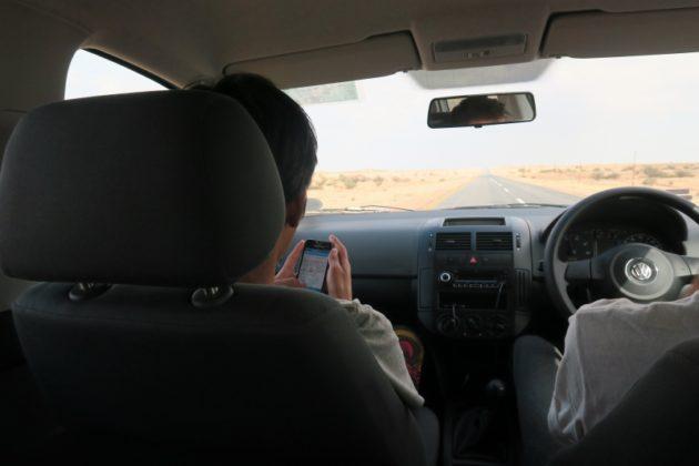ナミブ砂漠_レンタカー