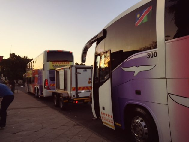 ナミビア_バス