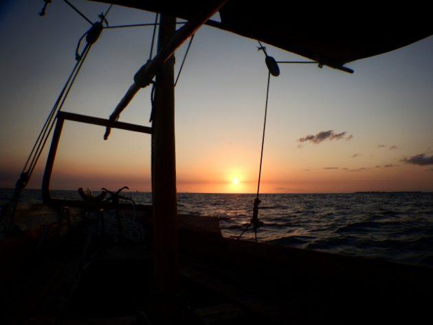 ムネンバ島_ナイトダイビング