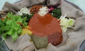 エチオピア(2)第二のエルサレム・ラリベラ到着&かの有名なマズ飯と対面