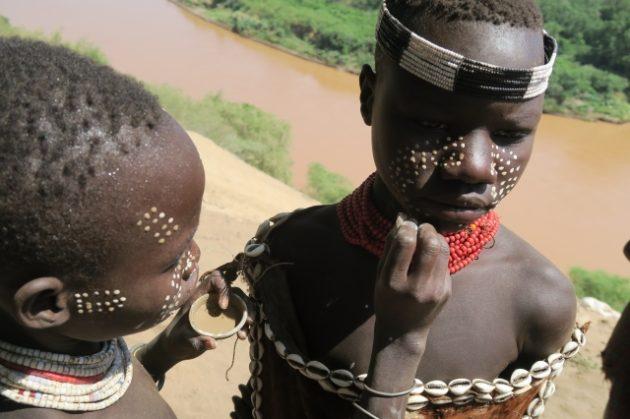 カラ族_カロ族_エチオピア