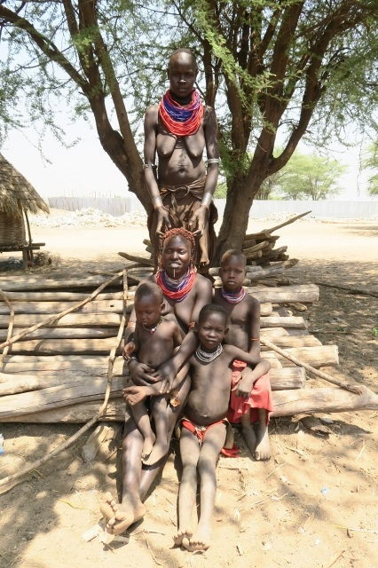 カロ族_エチオピア