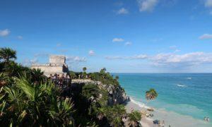 メキシコ(24)トゥルム遺跡すげぇ! 海と遺跡とイグアナと謎の動物までw