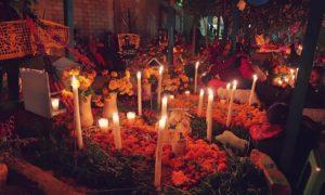 メキシコ(8)オアハカ×お墓!! 幻想的な「死者の日」限定墓地巡りツアー