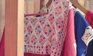 メキシコ(20)マヤの宇宙を感じる織物の村サンアンドレス・ララインサール