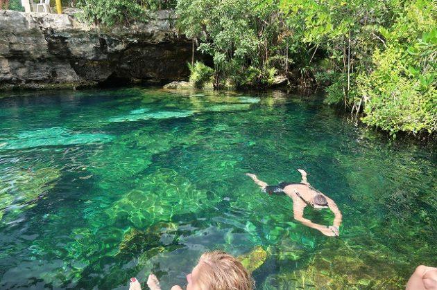 「セノーテクリスタリーノ(Cenote Cristalino )」