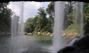 メキシコ(48)パレンケ周辺の美しい滝と熱帯夜の快適な過ごし方