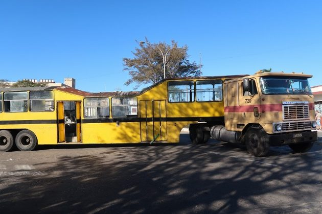 キューバ_トラック