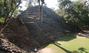 ホンジュラス(6)コパン遺跡観光。芸術的でシュールで楽しい彫刻に感激