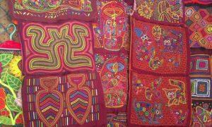 パナマ(9)パナマ・シティの民芸品マーケットめぐり&おすすめ土産「モラ」