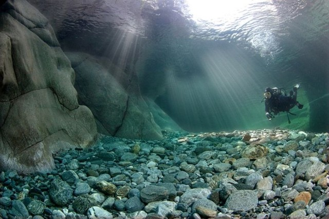 スイスのヴァルツァスカ川