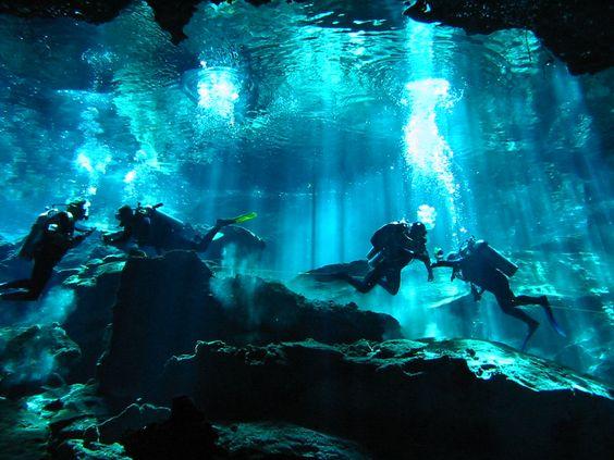 セノーテ@メキシコで地底湖探検