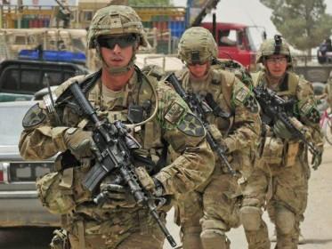 米軍式Tシャツのたたみ方