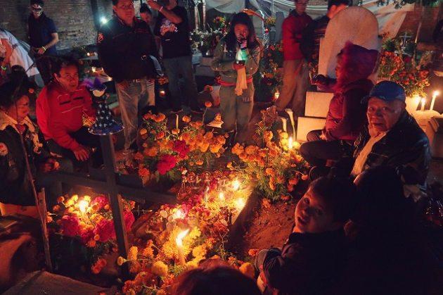 ホホコトラン墓地(en Santa Cruz Xoxocotlan)