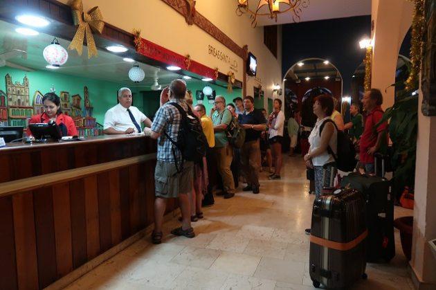 Hotel Brisas Santa Lucia(ブリーサス サンタルシア)