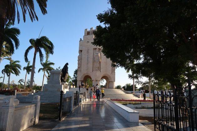 サンタ・イフェニア墓地